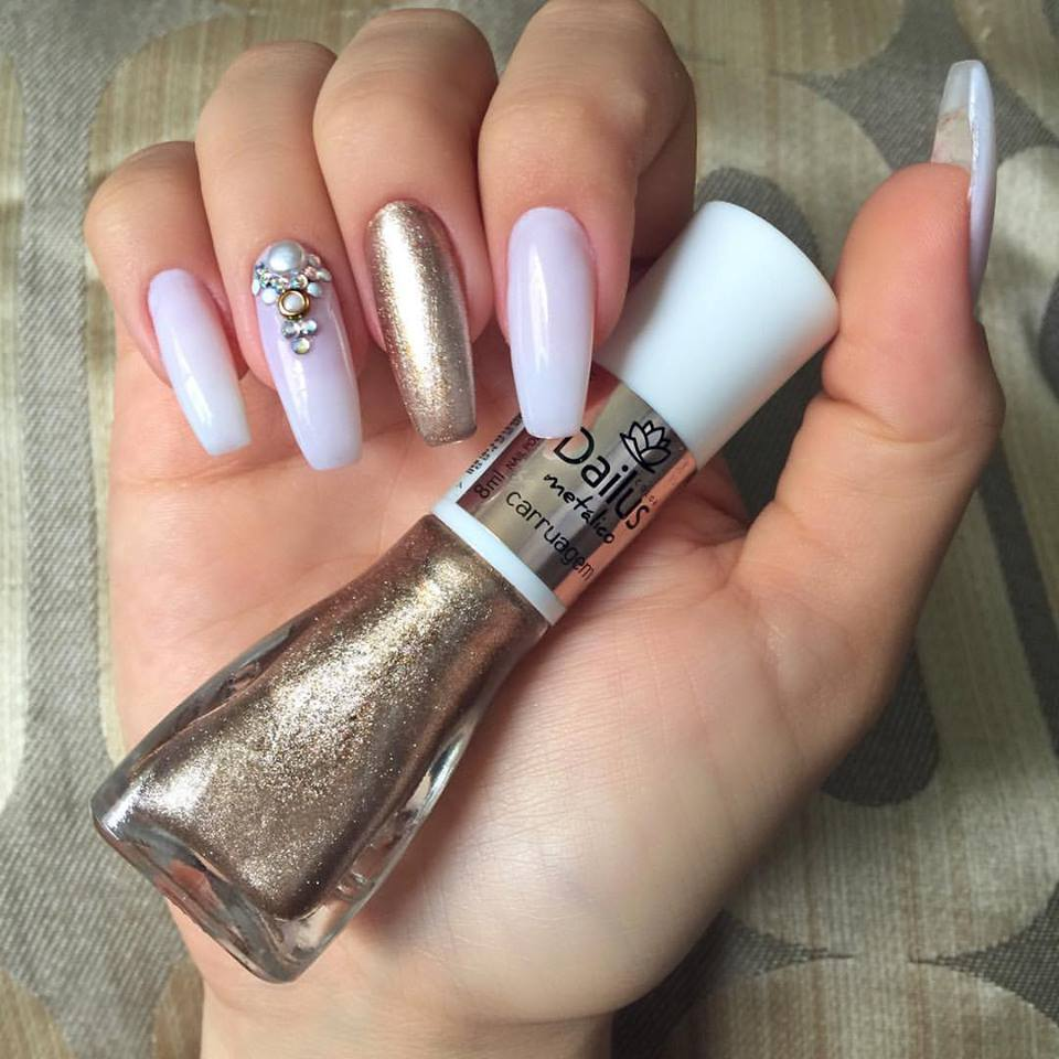 Adorable New Year Nails