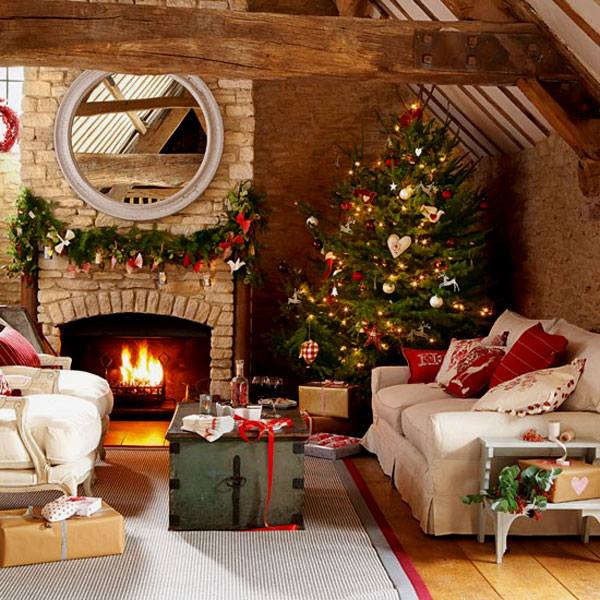 Adoring Rustic Style Christmas Decor In Living Room
