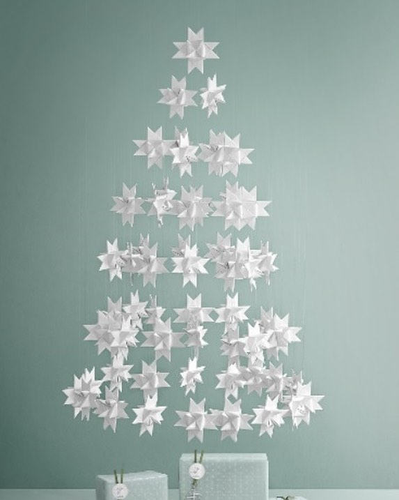 Amazing White Stars Ornaments Hanged In Shape Of Tree