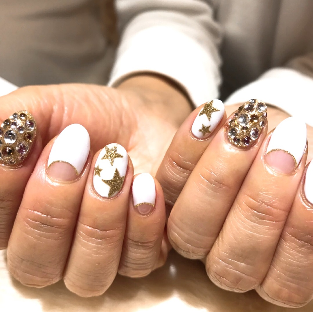 Appealing White Nails With Swarovski Crystals