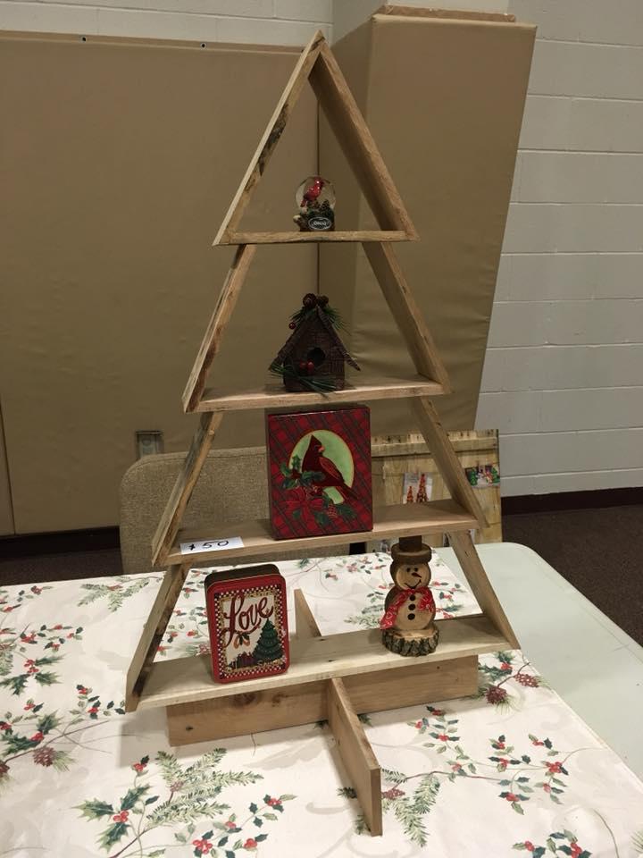 Awesome Christmas tree shelf.