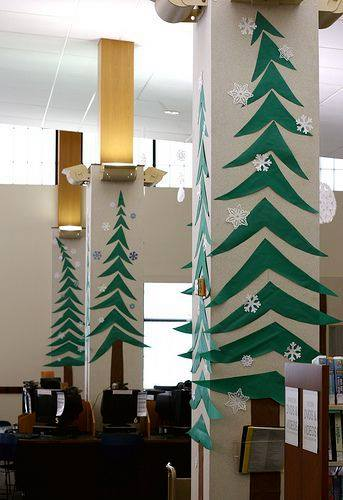 Awesome Paper Cutting Christmas Tree On Pillars
