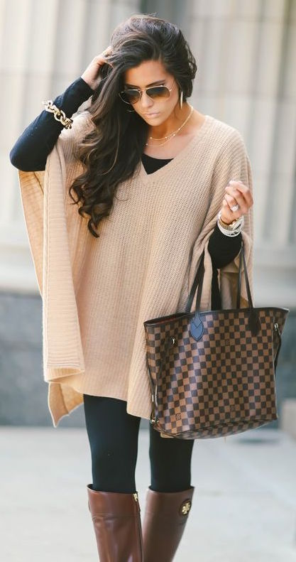 Beautiful Black Fall Outfit With Stylish Nude Swetaer, Long Leather Shoes And Handbag