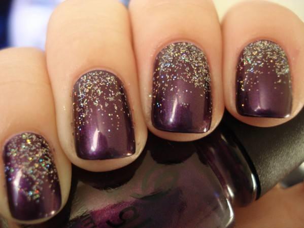 Beautiful Glittery Nails