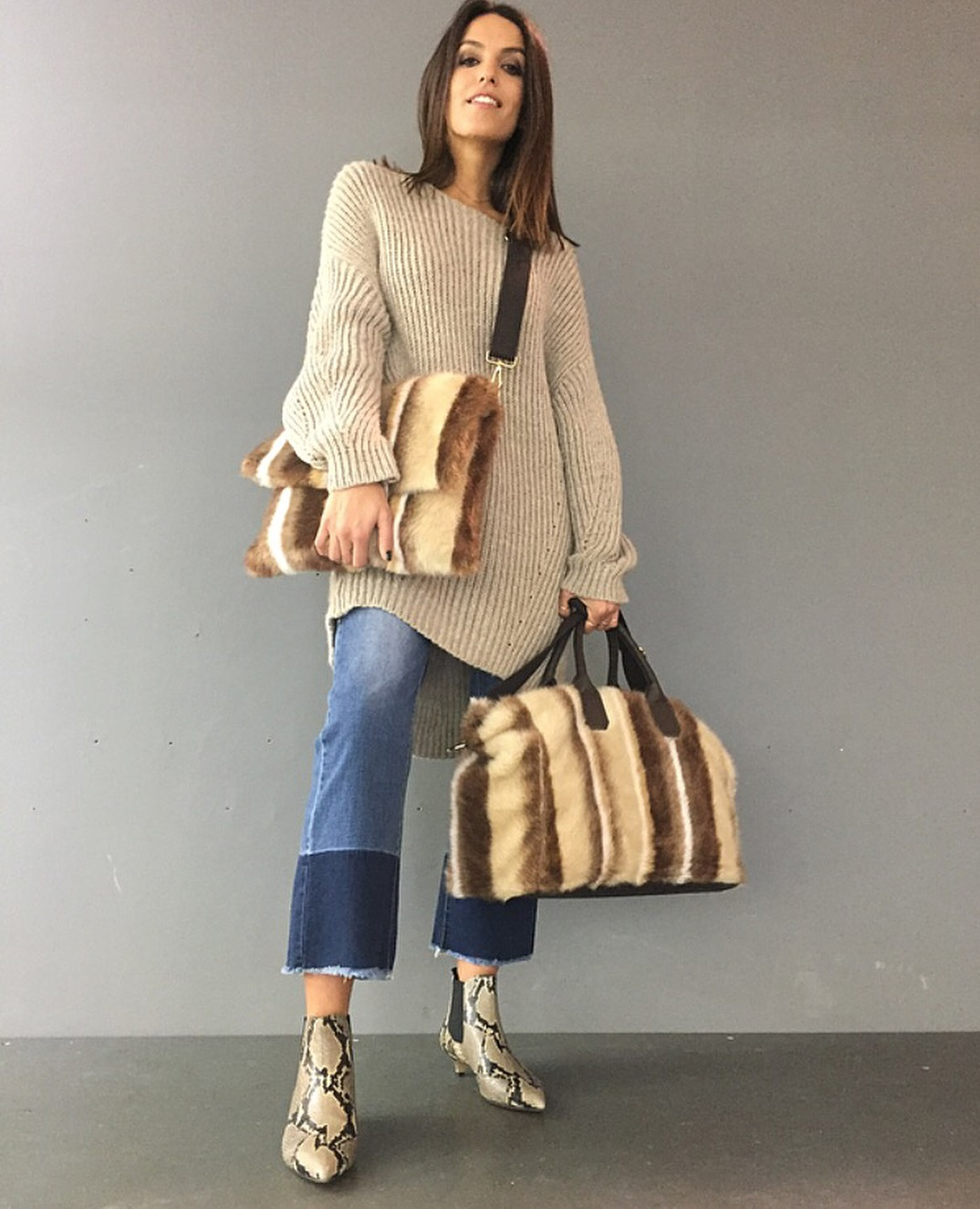 Beige Oversized Sweater With Denim Crop Jeans, Pointed Awesome Shoes And Fur Bag