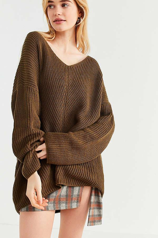 Best V- Neck Oversized Sweater Paired With Shorts