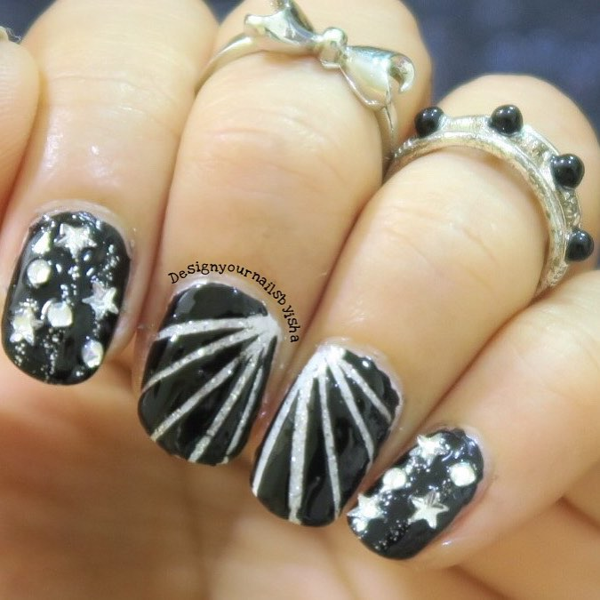 Chic Black With Silver Glittery Nails