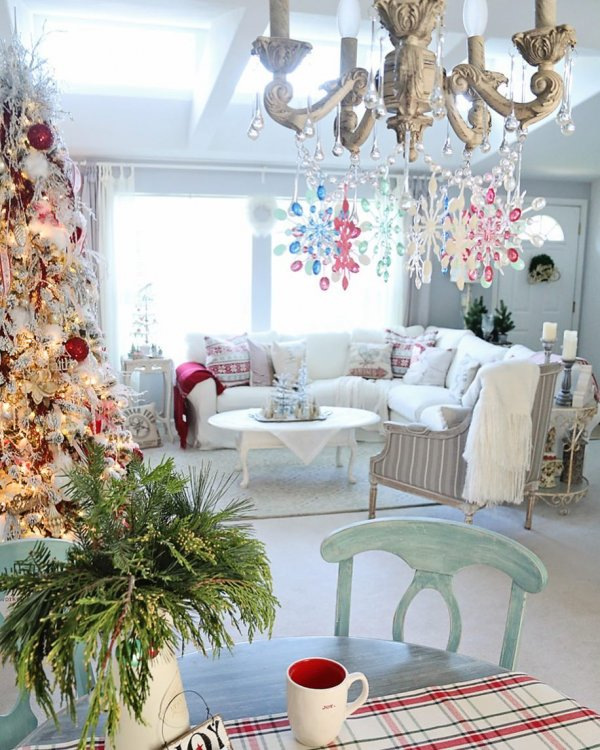 Colorful hanging ornaments with white decor. Pic by slcook52