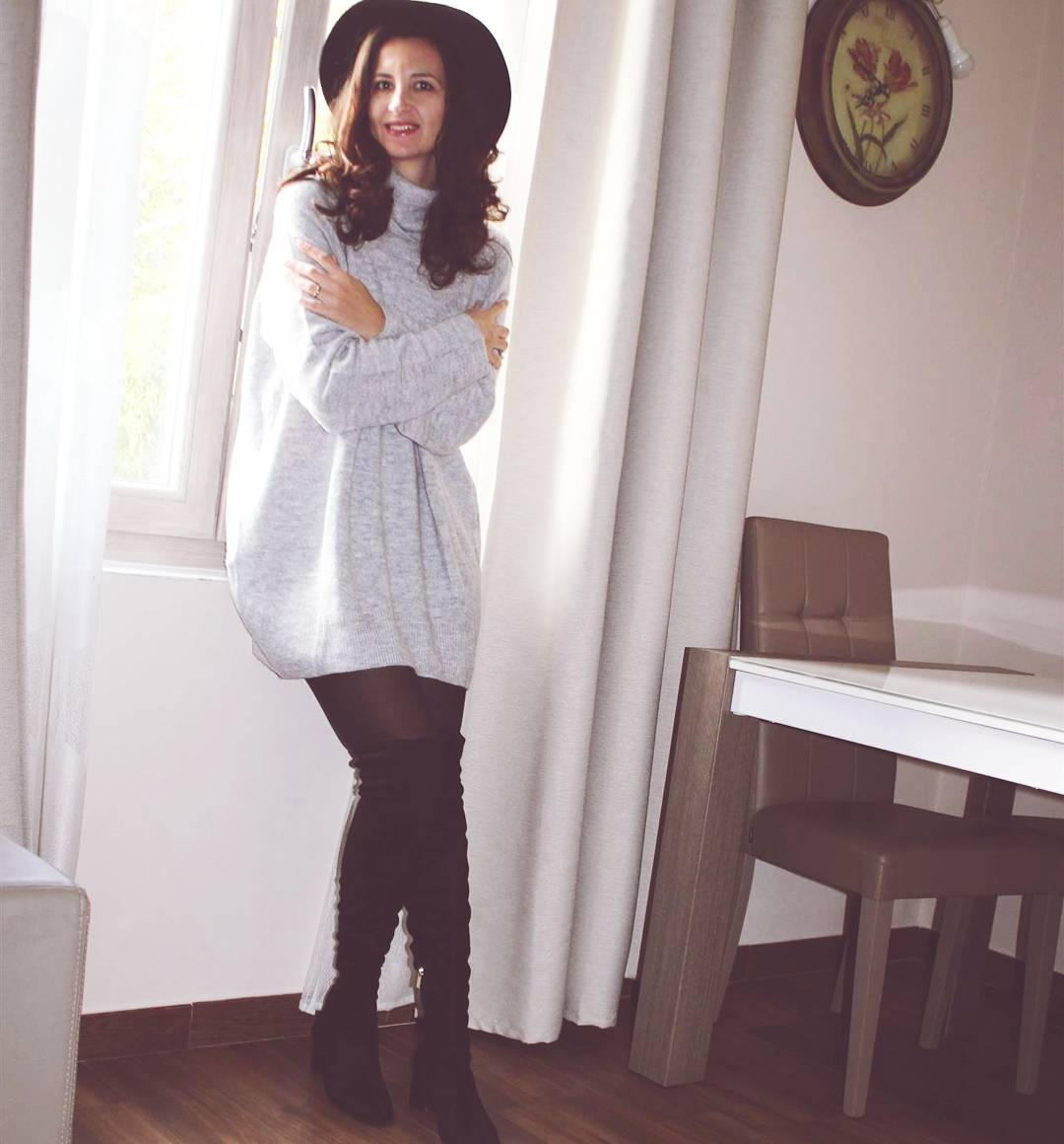 Cozy Grey Sweater With Knee Shoes And Hat