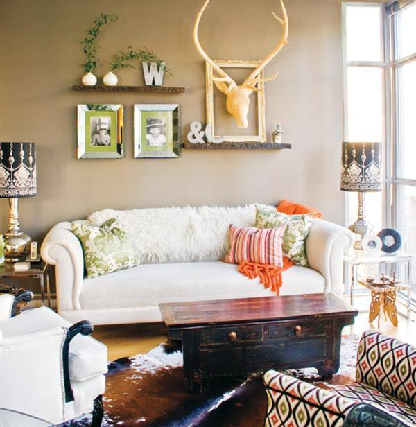 Cozy Small Living Room Is Decorated Beautifully