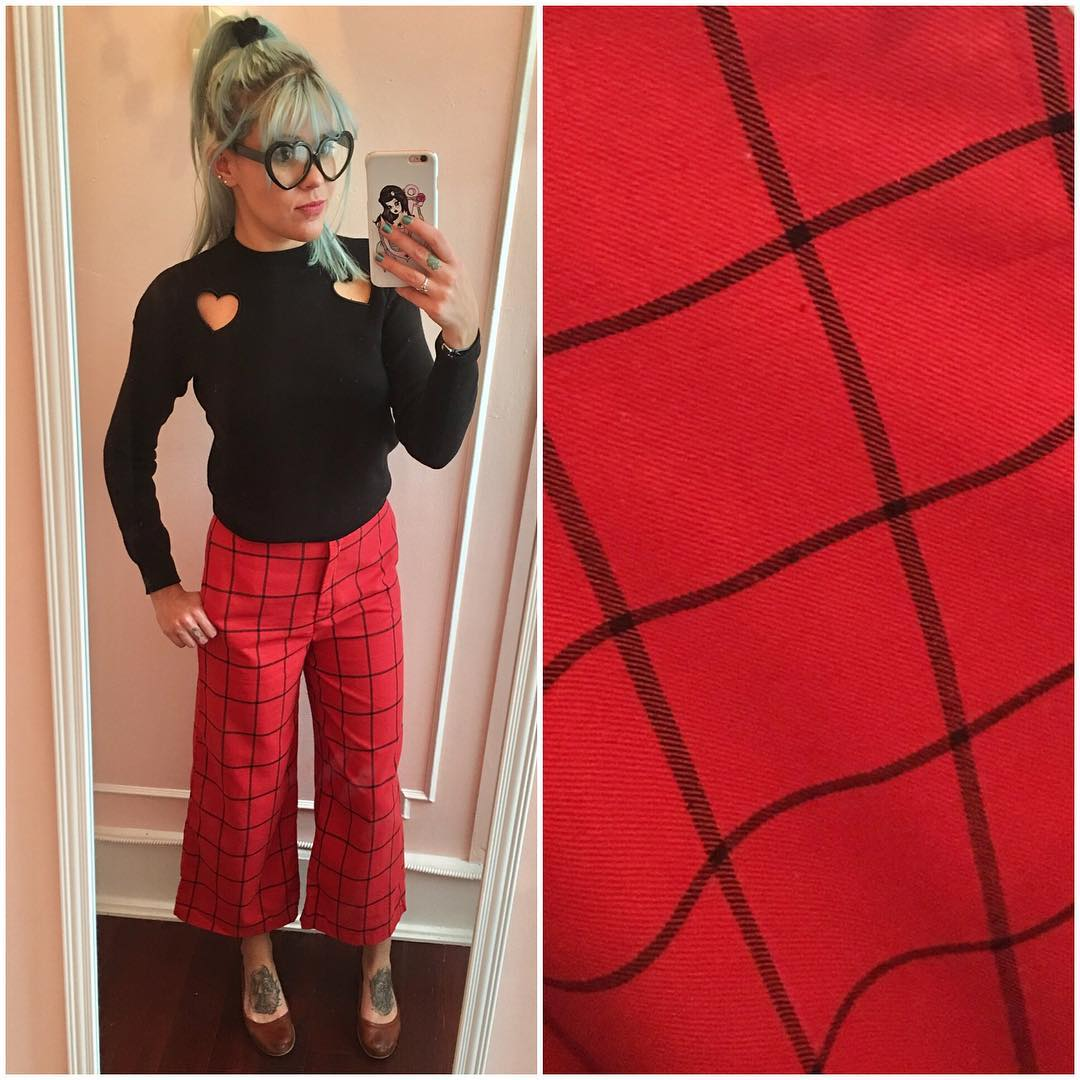 Cute Heart Cut Out Sweater and Cropped Check Pants
