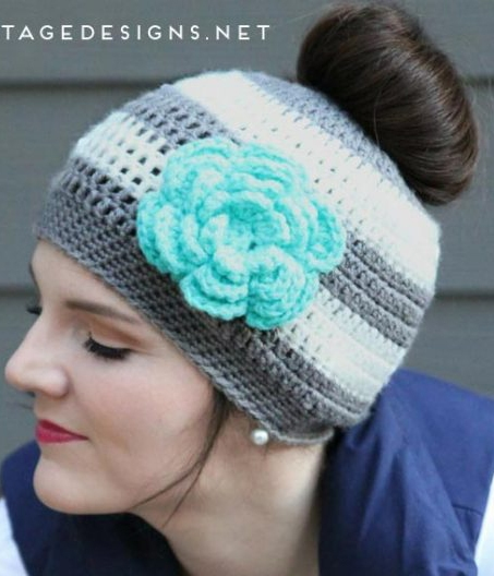 Dashing Crochet Pattern Cap With Flower