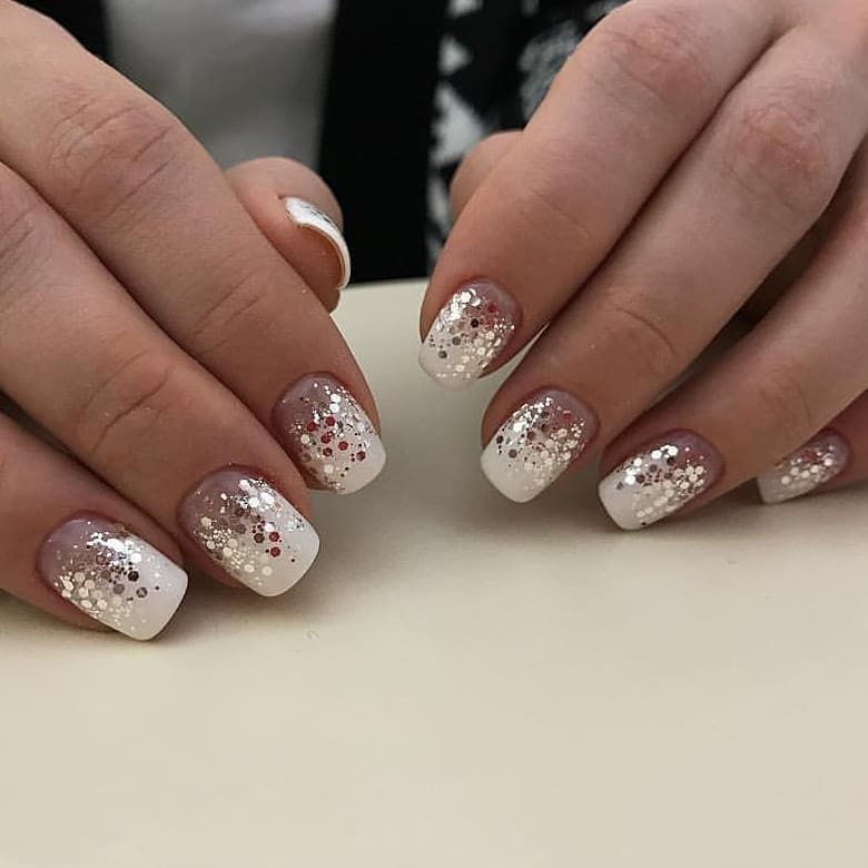 Dazzling Nails For New Year Evening