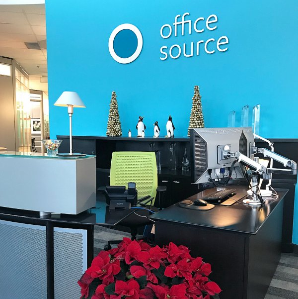 Exclusive office decor with artificial Christmas tree and Penguin. Pic by office_source