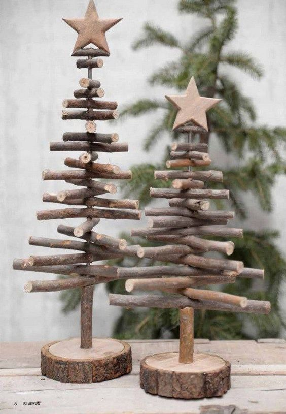Exclusive rustic Christmas tree.