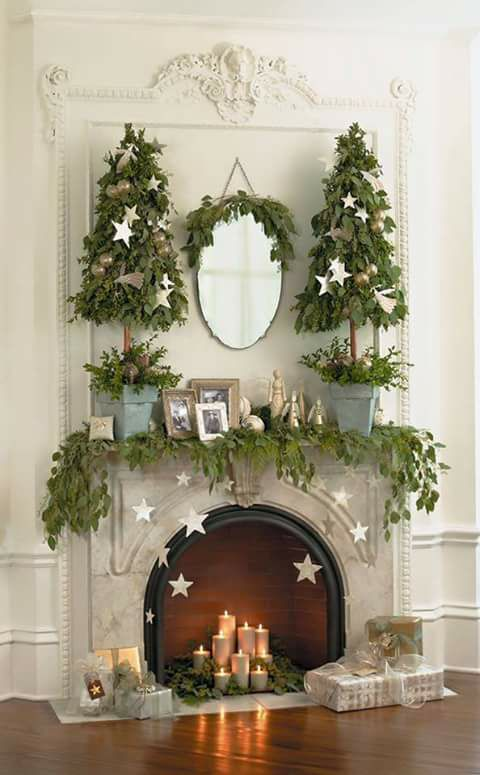 Fabulous Christmas Tree Mantel Decoration With Candles And Gifts