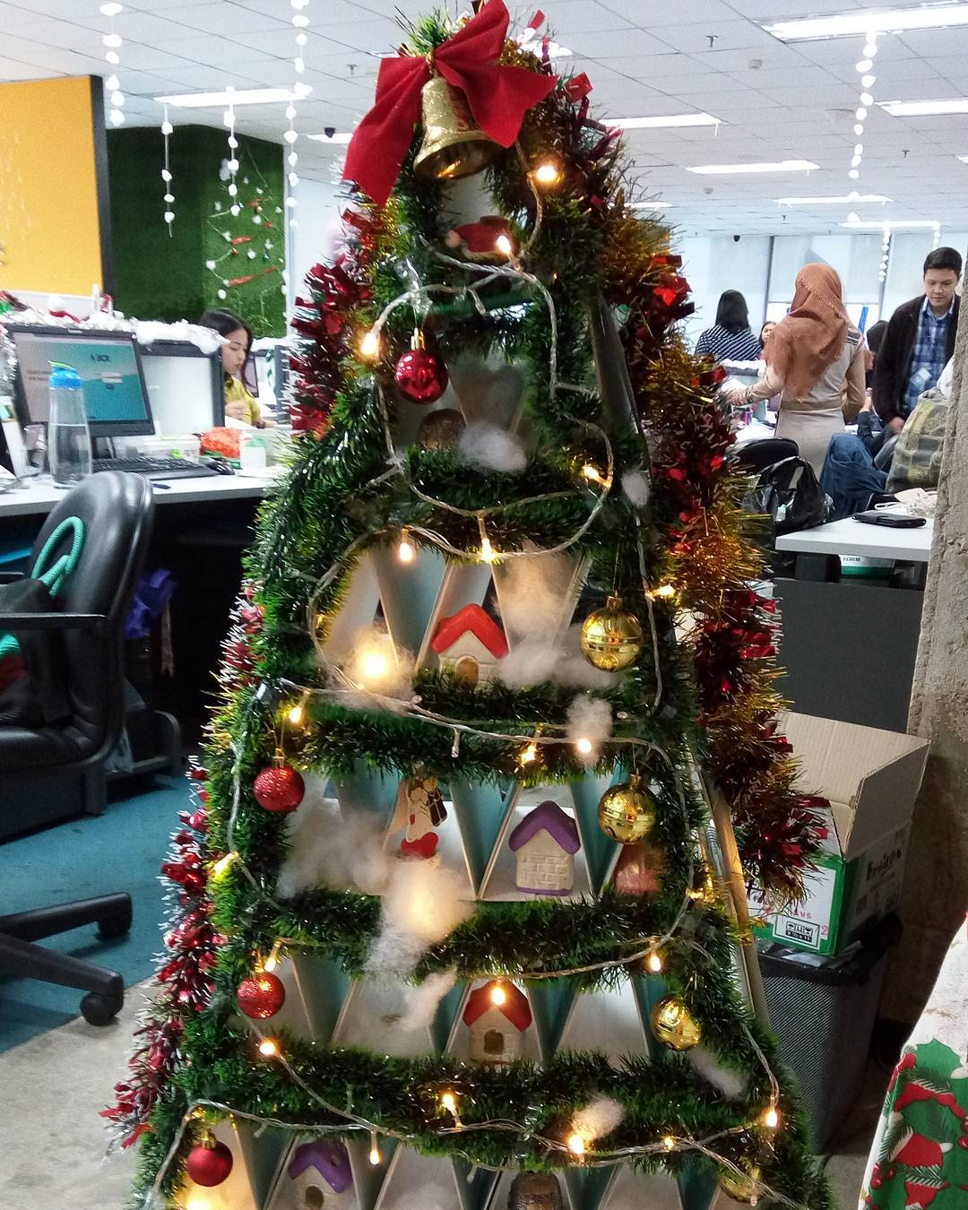 Glamorous Cardboard Tree Decorated With Beautiful Ornaments And Fairy Light