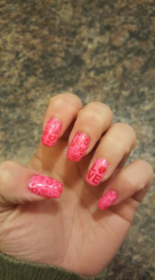 Gorgeous Pink Hearts Nail Design