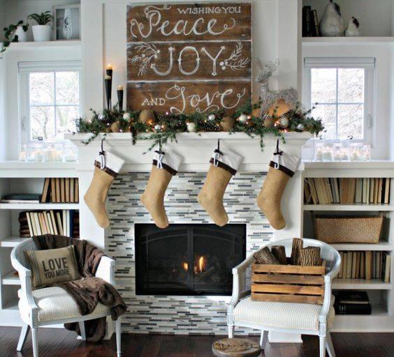 Graceful Christmas Mantel Decoration