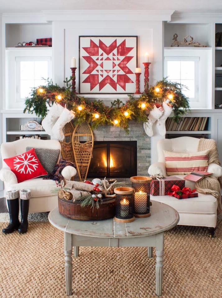 Impressive Quilt Christmas Mantel Decoration