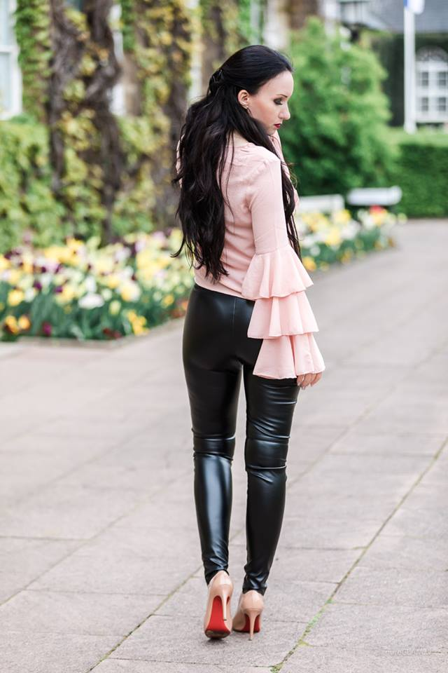 Leather Skinny Pant Paired With Stylish Pink Top