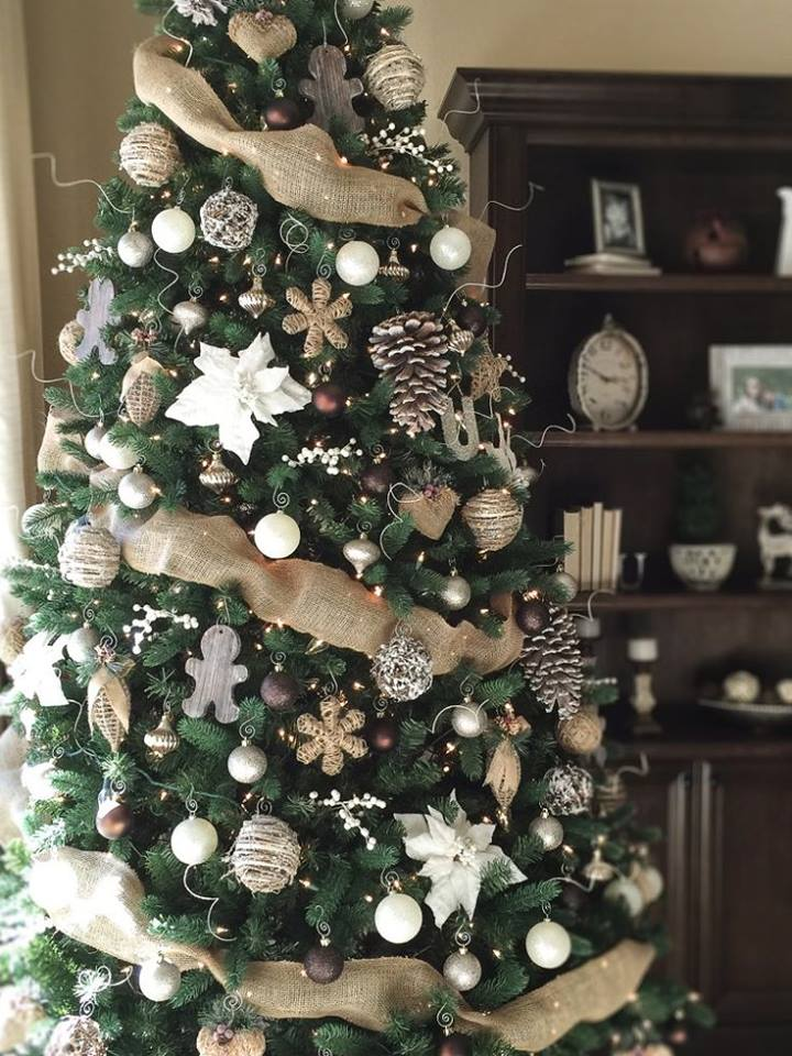 Lovely Neutral Rustic Christmas Tree Decor