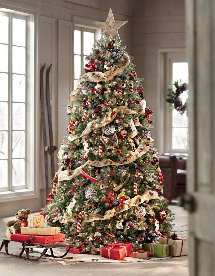 Marvellous Rustic Christmas Tree With Beautiful Decor