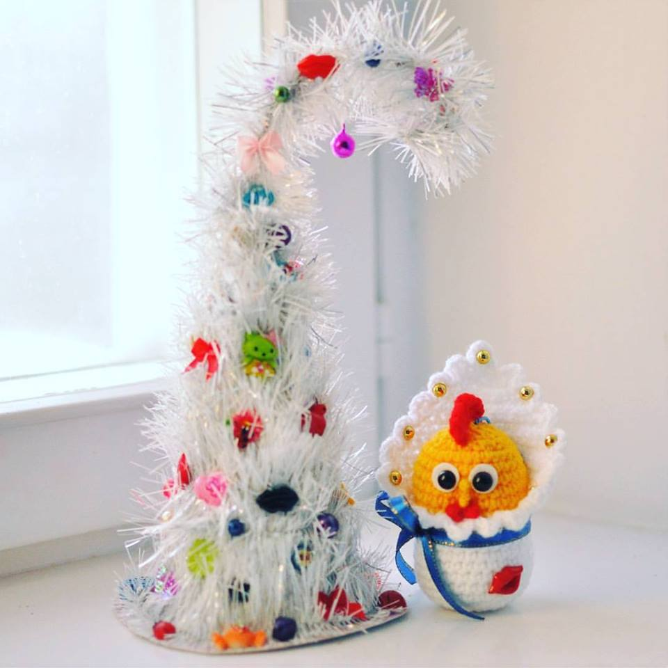 Mind-Blowing Handmade White Christmas Tree