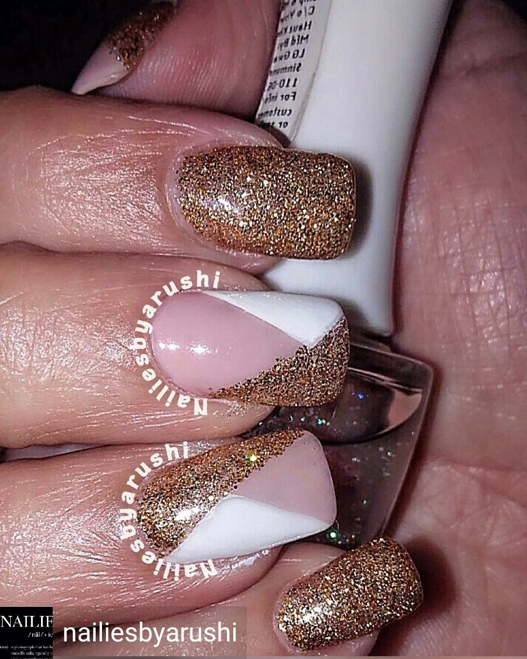 Outstanding Glittery Nails