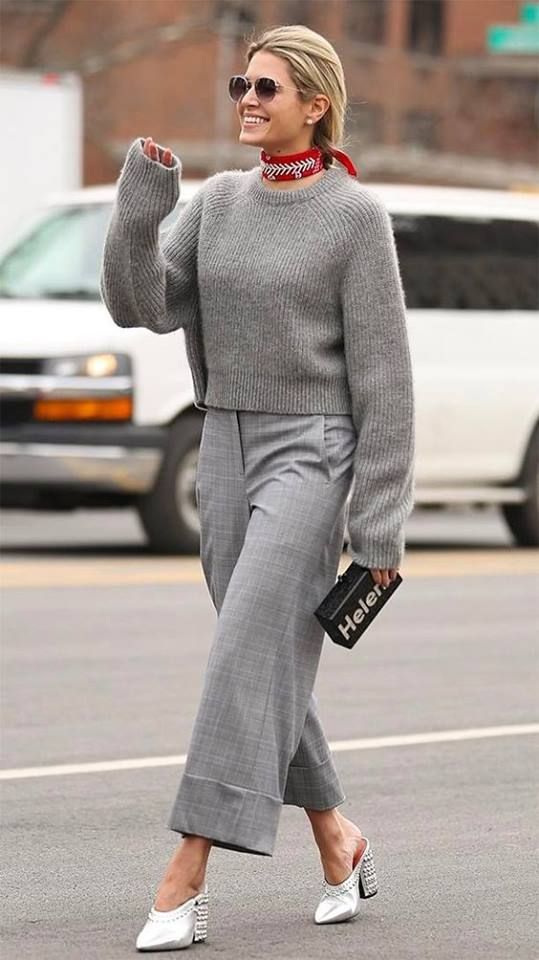 Outstanding Grey Short Sweater With Check Crop Pant