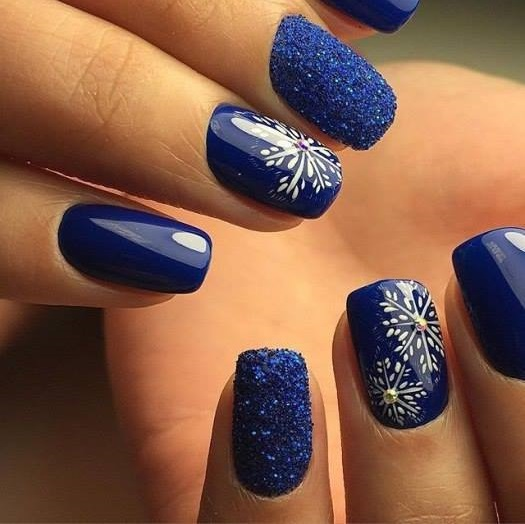 Outstanding Royal Blue Nails For Winters
