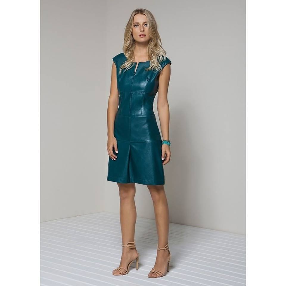 75 Classy Colourful Leather Dresses For This Winter Season