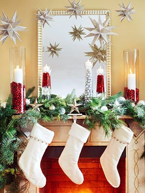 Remarkable Christmas Mantel Decoration With Hanging Stars