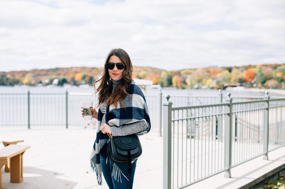 Simple Fall Outfit With Plaid Shawl