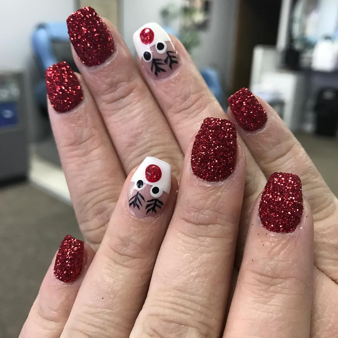 Sparkly Holiday Party Nails
