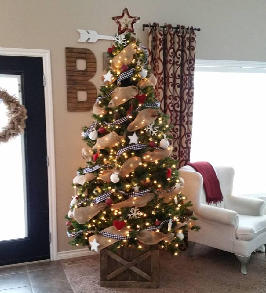 Stunning Handmade Christmas Tree Idea