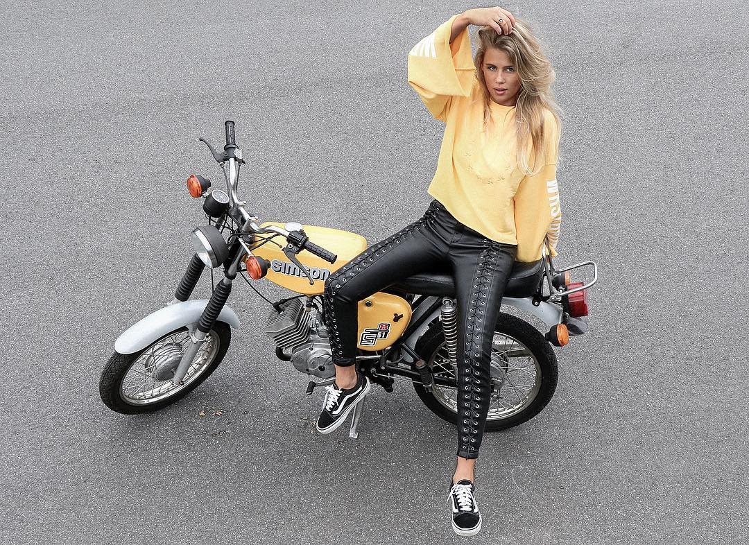 Stunning Leather Pant With Yellow Top