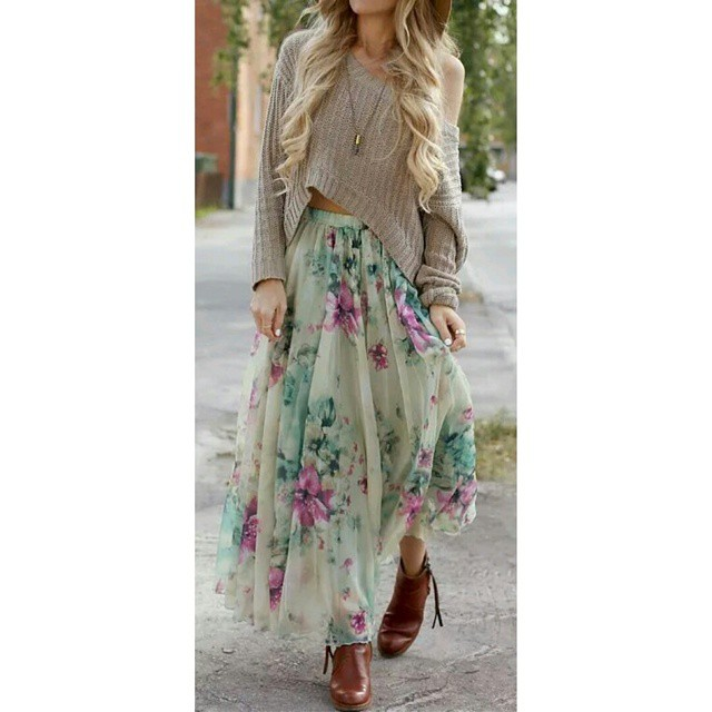 Stylish Broad Neck Short Sweater Paired With Floral Print Long Skirt