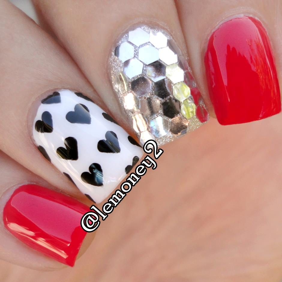 Ultimate Black Hearts On White With Red And One Crystal Finger