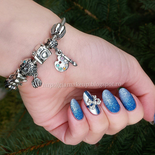 Ultimate Blue And Silver Nails With Bow