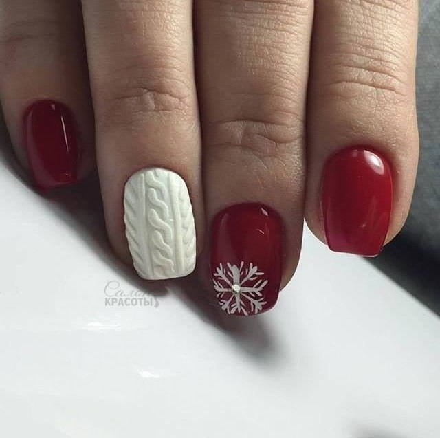 White With Red Christmas Nails