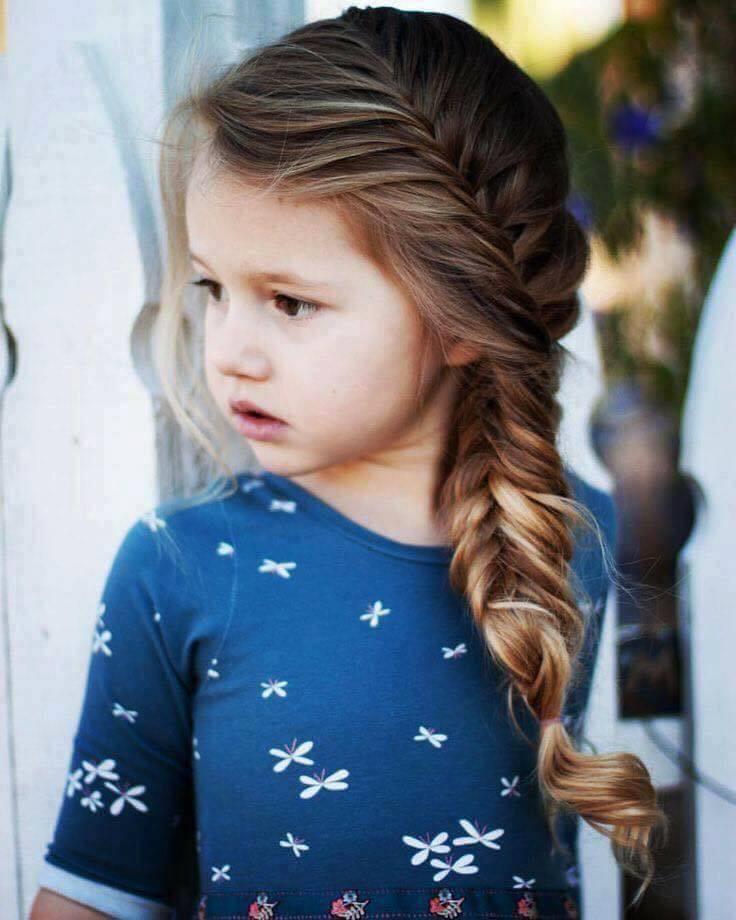 Charming Side Fishtail Braid For Medium Length Hairs