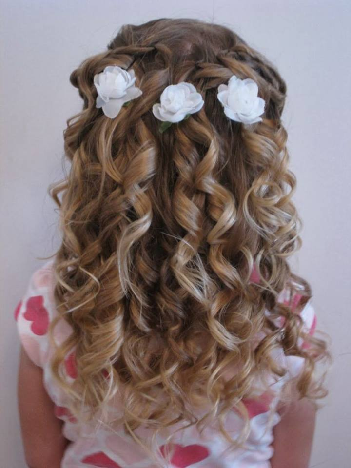 Cute Hairstyle For Curly Hairs