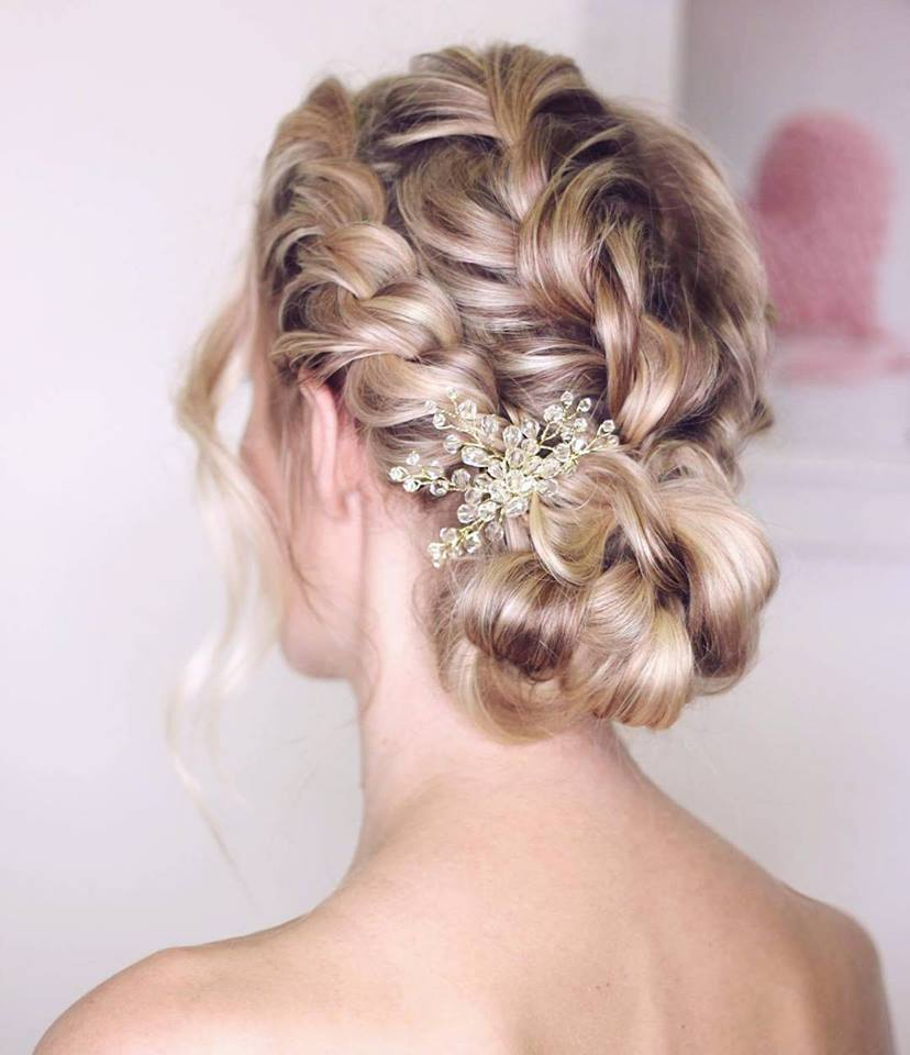 Marvelous Hairstyle For Ramantic Party