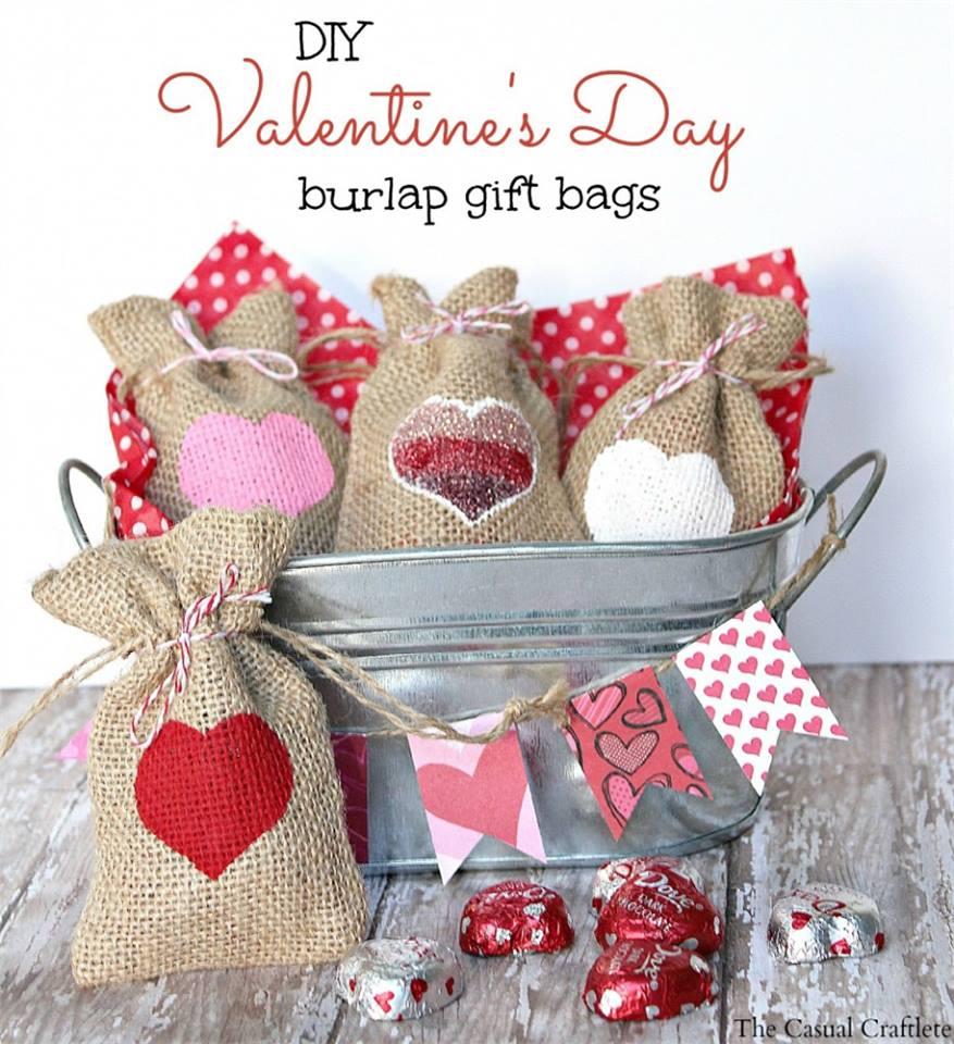 Sassy DIY Heart Print Burlap Gift Bags