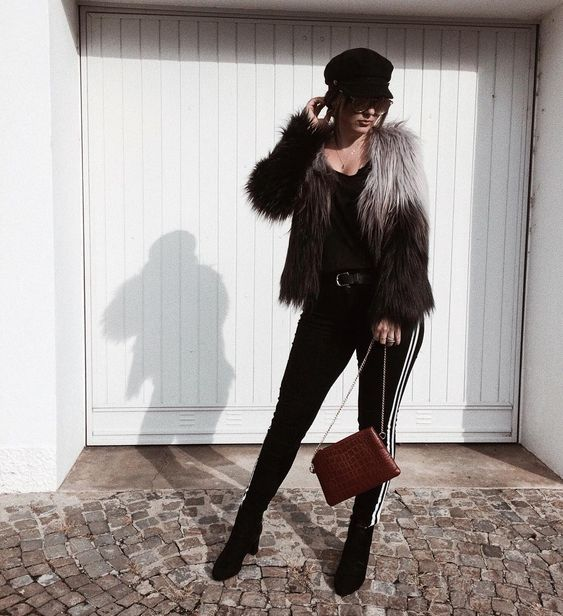 Chic Faux Fur Jacket Perfect For Fall