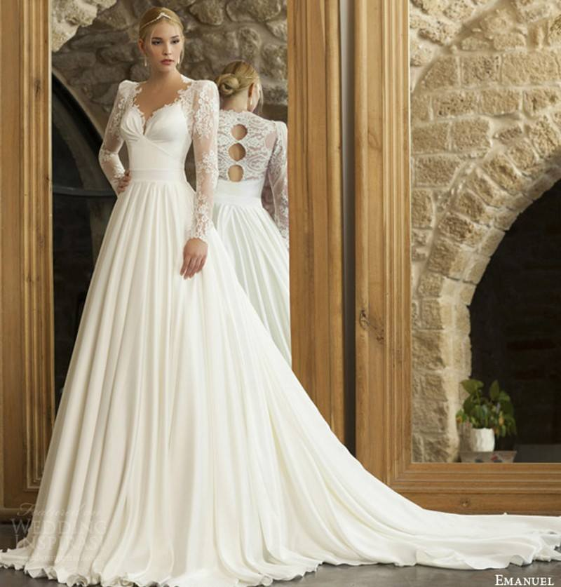 Chic Full Sleeves Wedding Dress With Designer Back
