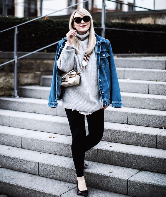 Classy Oversized Sweater With Denim Jacket And Distressed Jeans