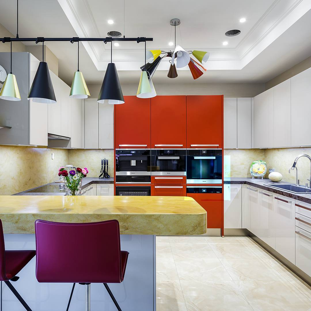 Colourful Contemporary Kitchen With Beautiful Light Fixtures
