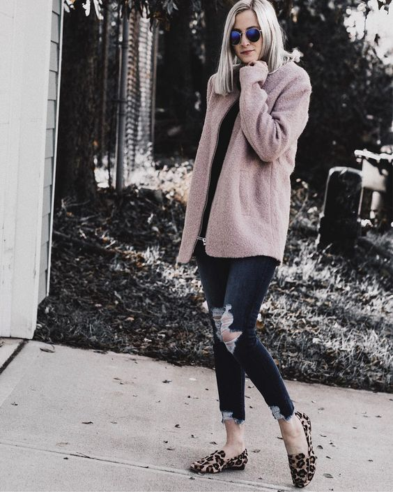 Cute Pink Sweater With Distressed Jeans And Leopard Print Shoes